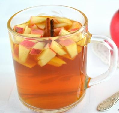 Чай с яблоками