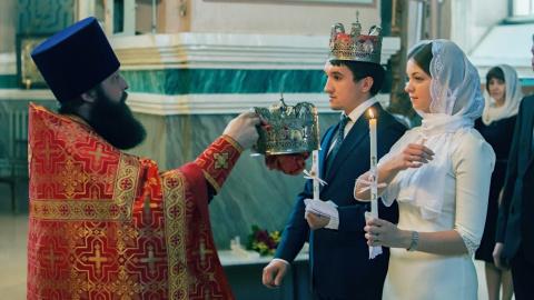 Венчание в России могут прир…