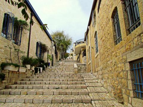 Каменные улочки за стенами древнего Иерусалима
