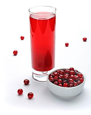 Запасаемся стаканчиком и трубочкой: 8 самых полезных напитков
