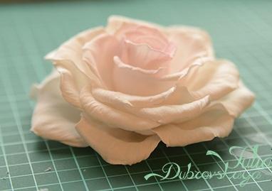 """Делаем распустившуюся розу """"Paris"""" из фоамирана (МК от Юлии Дубровской)"""