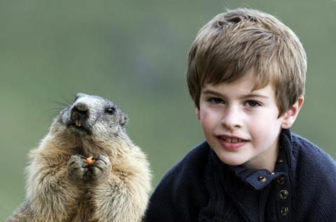 В Австрии живет мальчик, которого за глаза называют «повелитель сурков»