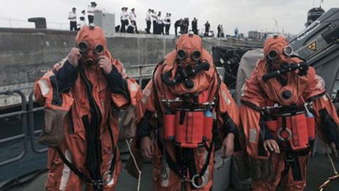 ВМФ России впервые испытал новейший костюм подводника в реальных условиях