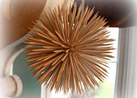 Новогодние шары из зубочисток - фото 2