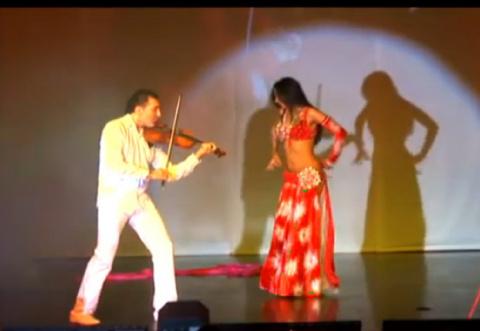 Тигран Петросян & Алия Аль-Махди - Арабская девушка (танец живота)