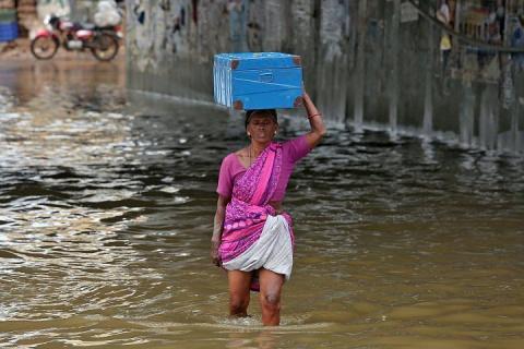 Более 10 человек погибли из-за ливневых дождей на юге Индии