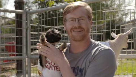 На indiegogo.com собирают средства на покупку коз и кур для голодающих семей в Африке