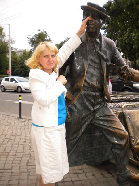 Елена Комарова