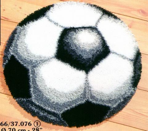 Ищу схему ковровой вышивке.