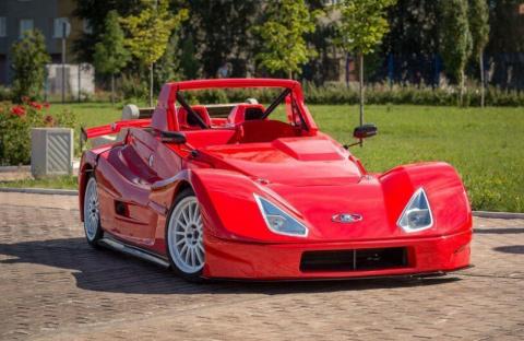 В Тольятти продают гоночную машину Lada Revolution