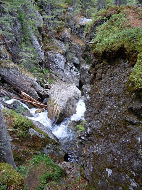 Жигаланские водопады на севере Урала (Пермский край)