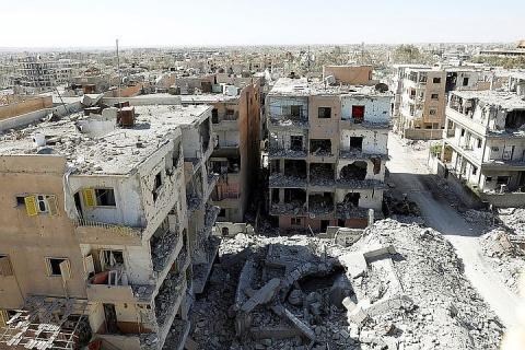 Минобороны РФ ответило на заявления Парижа о «присвоении Россией» победы над ИГ* в Сирии