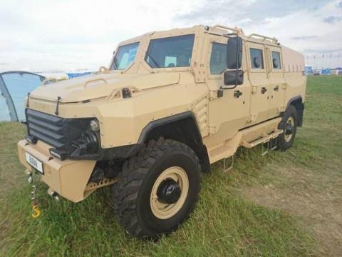 На МАКС-2017 представлен новый бронеавтомобиль BURAN