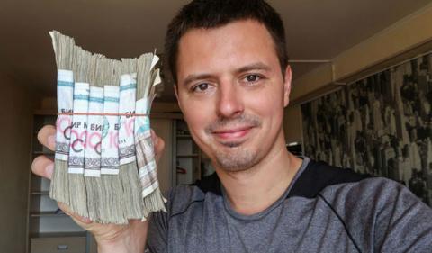 Пакеты с деньгами и чай в сорокаградусную жару: вся правда про жизнь в Узбекистане