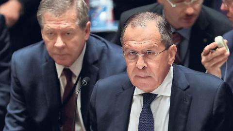 К проблеме Донбасса подходят…
