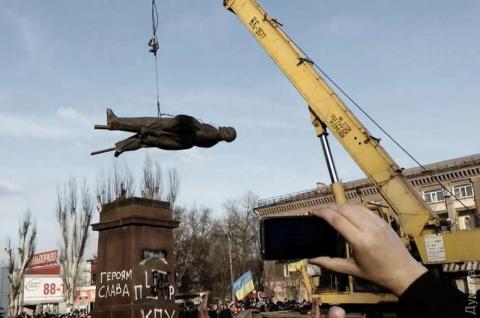 А она точно «ще не вмерла»? Юрий Селиванов