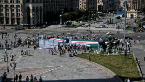 «Сначала Крым, потом Чечня!» — меджлисовцы митинговали на Майдане со сторонниками Ичкерии