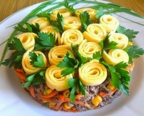 """Красивый и вкусный салат """"Цв…"""