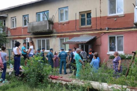 Под Саратовом обрушился дом,…