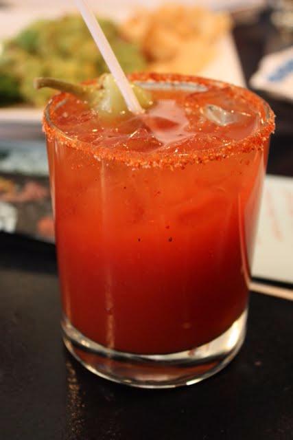 Очень вкусный томатный сок с луком и апельсином