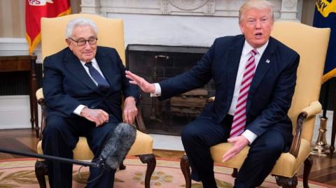 Киссинджер, держите пенсне…