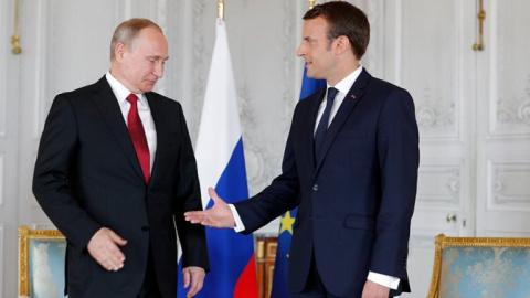 Переобулся: Неожиданные заявления Макрона про Путина и Россию