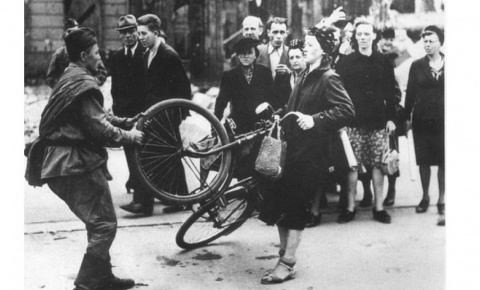 Мирные немцы о солдатах Крас…