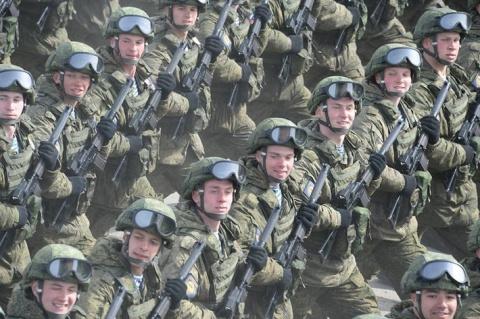 Приамурское соединение ВВО получило более 1000 комплектов «Ратник»