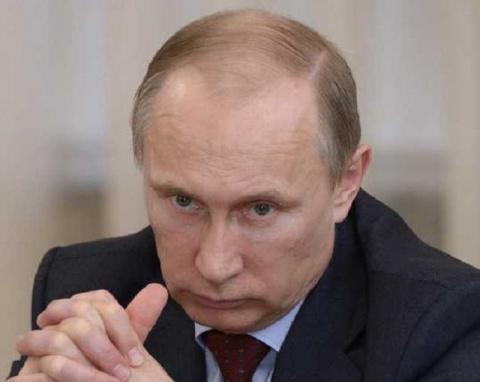 Путин выкладывает свои карты на стол