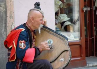 Украинским артистам запрещаю…