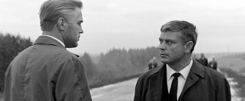 Почему в Литве обвиняют актера Баниониса в работе на КГБ, а президента Далю Грибаускайте - нет?
