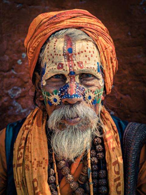 Фейс-арт индийских монахов