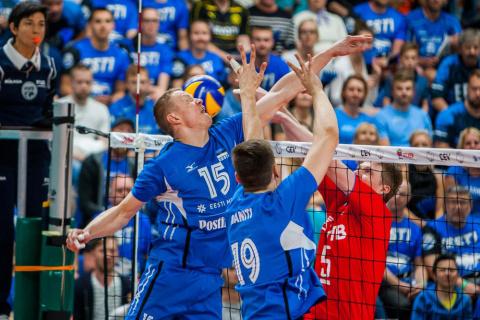 Сборная России по волейболу …