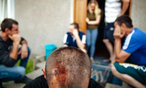 Поляки избили пьяного украинца, заставлявшего людей зиговать в кафе Гданьска
