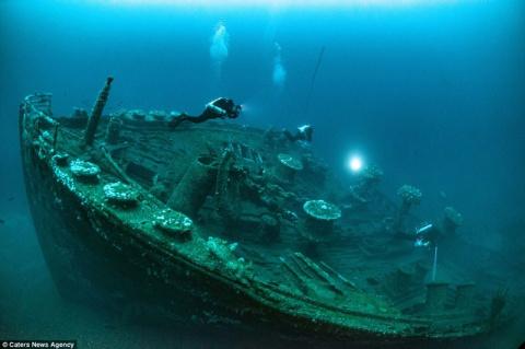 Век на дне Атлантики: фото британского военного лайнера, затонувшего 99 лет назад