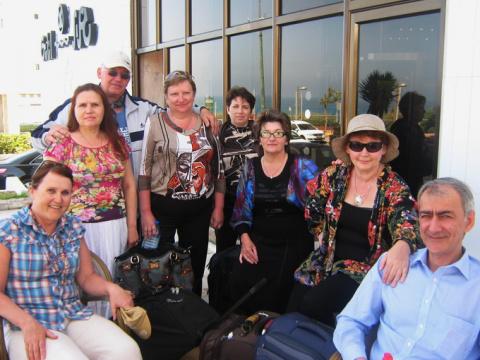 Партнеры Валери Элит у отеля Галиль, Натания, Израиль