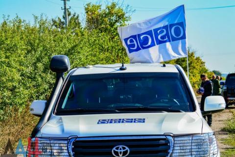 Украинская армия обстреляла окрестности ЮДВ под Ясиноватой во время инспекции ОБСЕ