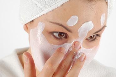 Отбеливающие маски для лица: домашние рецепты