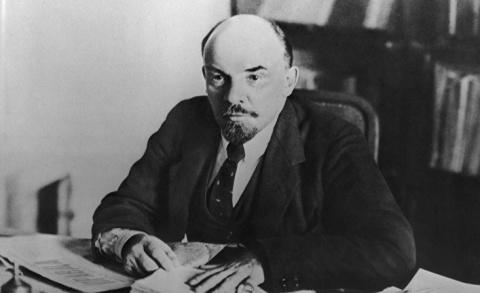 Ленин и Троцкий отказались о…