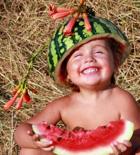 От корки до семечек: чем полезна полосатая ягода