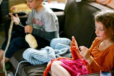 Мастер-класс: вязание на пальцах (+видео)
