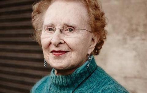 Эта шустрая бабуля в свои 90…