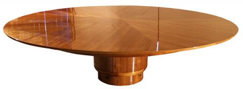 Обеденный стол с секретом