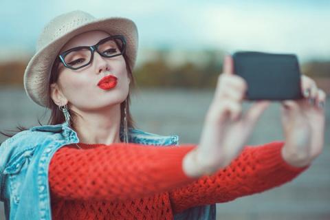 Самые популярные фотографии на сайтах знакомств