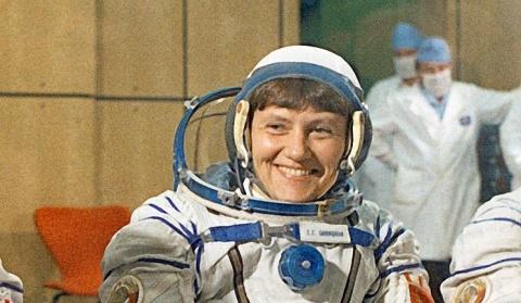 Как космонавт Савицкая утёрл…