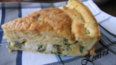 Заливной пирог с яйцом и зелёным луком