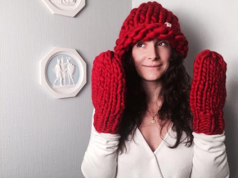 Женские вязаные шапки сезона…