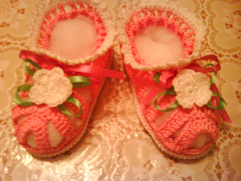 розовые пинетки - сандали