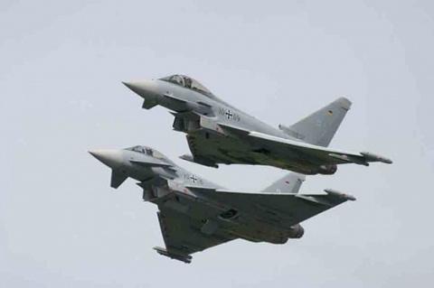 Британия подняла в воздух истребители из-за российских самолетов