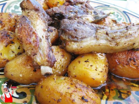 Баранина с картошкой в казан…